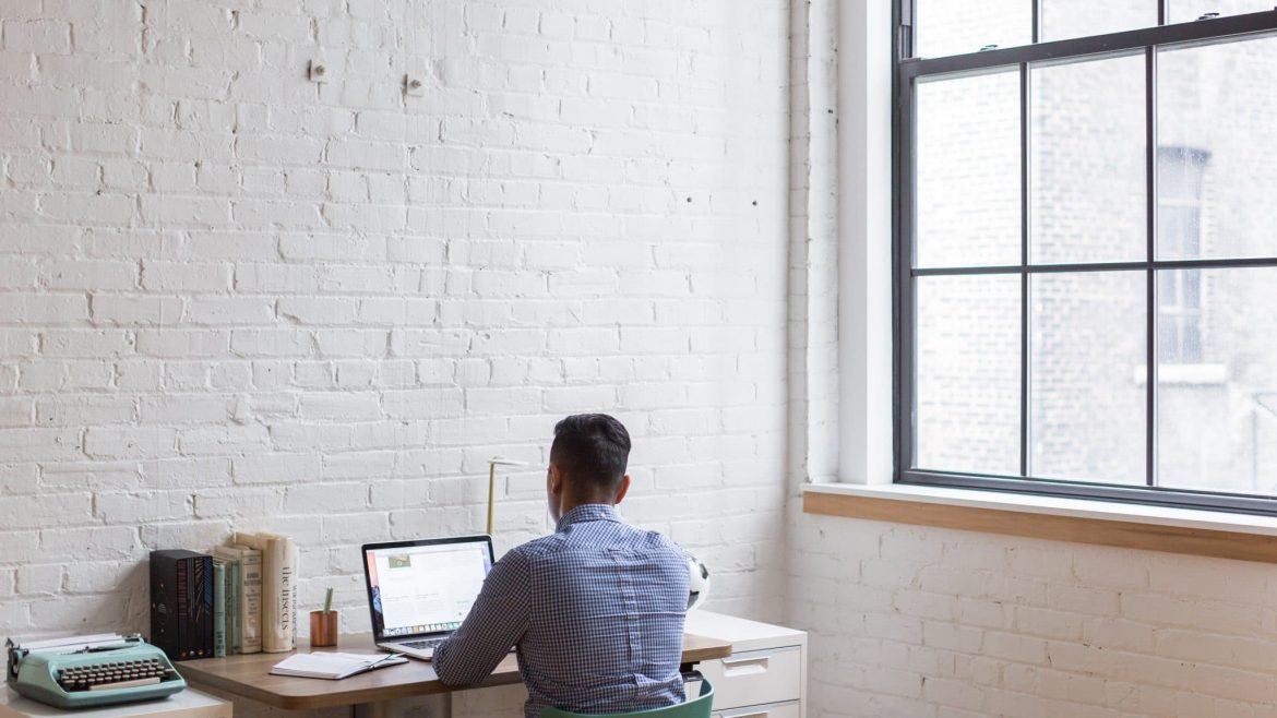 Working From Home? Kind have a few tips on how to make your remote work practice a success.